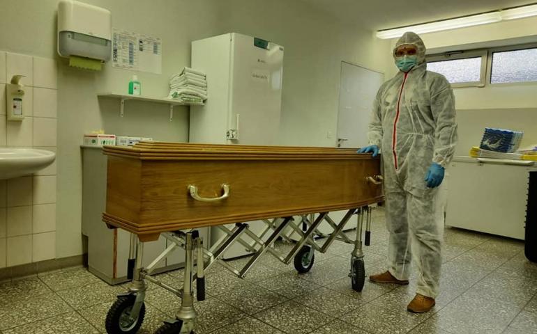 Перевозка умерших из Польши в Украину
